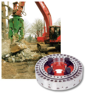 To protect the teeth of this demolition equipment from overload damages, a friction coupling is integrated in the spur gear driven Slew Drive.